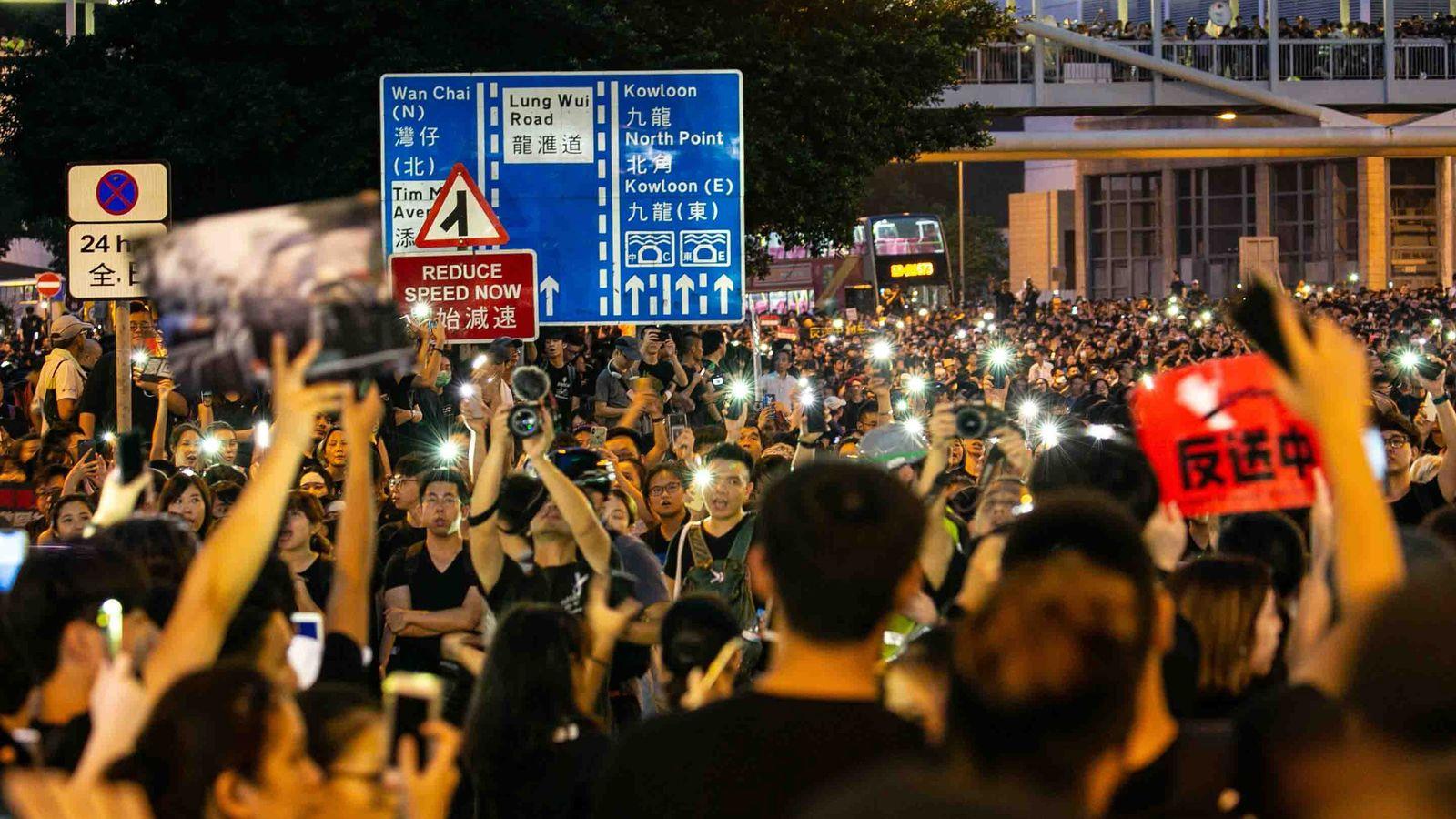 香港デモを哲学者が「もっとやれ」と煽るワケ 今まで哲学はあまりに大人しすぎた
