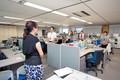 パナソニックでは経営理念を唱和しスピーチをする日本式の朝礼を世界中の拠点でも実施している。