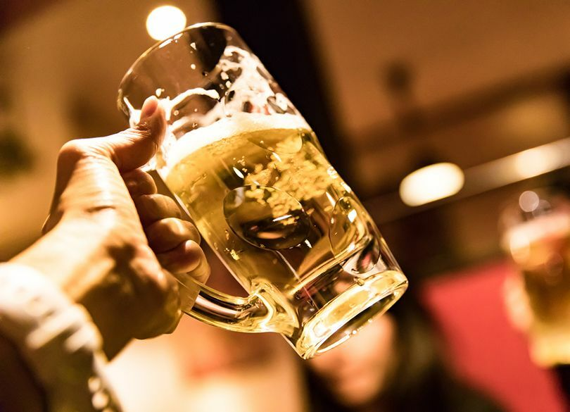 """""""とりあえずビール""""はお金に逃げられる人 買い物中毒・浪費癖は「脳」の問題"""