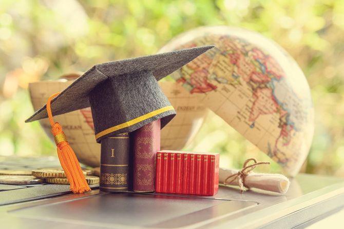 大学の帽子