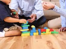 優遇政策により、「育休男子」が増加する