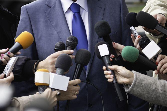 メディアのインタビュー