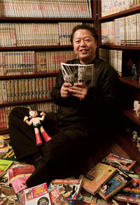 <strong>タケカワユキヒデ</strong>●1952年、埼玉県生まれ。東京外国語大学英米語学科卒。歌手・作曲家・エッセイスト。76年、ゴダイゴを結成。「ガンダーラ」「モンキー・マジック」「ビューティフル・ネーム」「銀河鉄道999」などの大ヒットを生む。マンガ評論家としてもつとに有名で、97~99年に手塚治虫文化賞の選考委員を務める。多数のマンガ家との交流も。