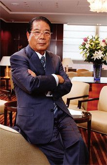 <strong>ドトールコーヒー名誉会長 鳥羽博道</strong>●1937年、埼玉県生まれ。62年ドトールコーヒーを創業し、「カフェ コロラド」「ドトールコーヒーショップ」「エクセルシオール カフェ」など幅広いチェーン店ブランドを展開。「少なくとも人を不幸にしない」と思ってやってきた。