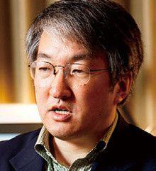<strong>作家 黒木 亮</strong>●1957年、北海道生まれ。都市銀行、総合商社を経て作家に。『排出権商人』など著書多数。