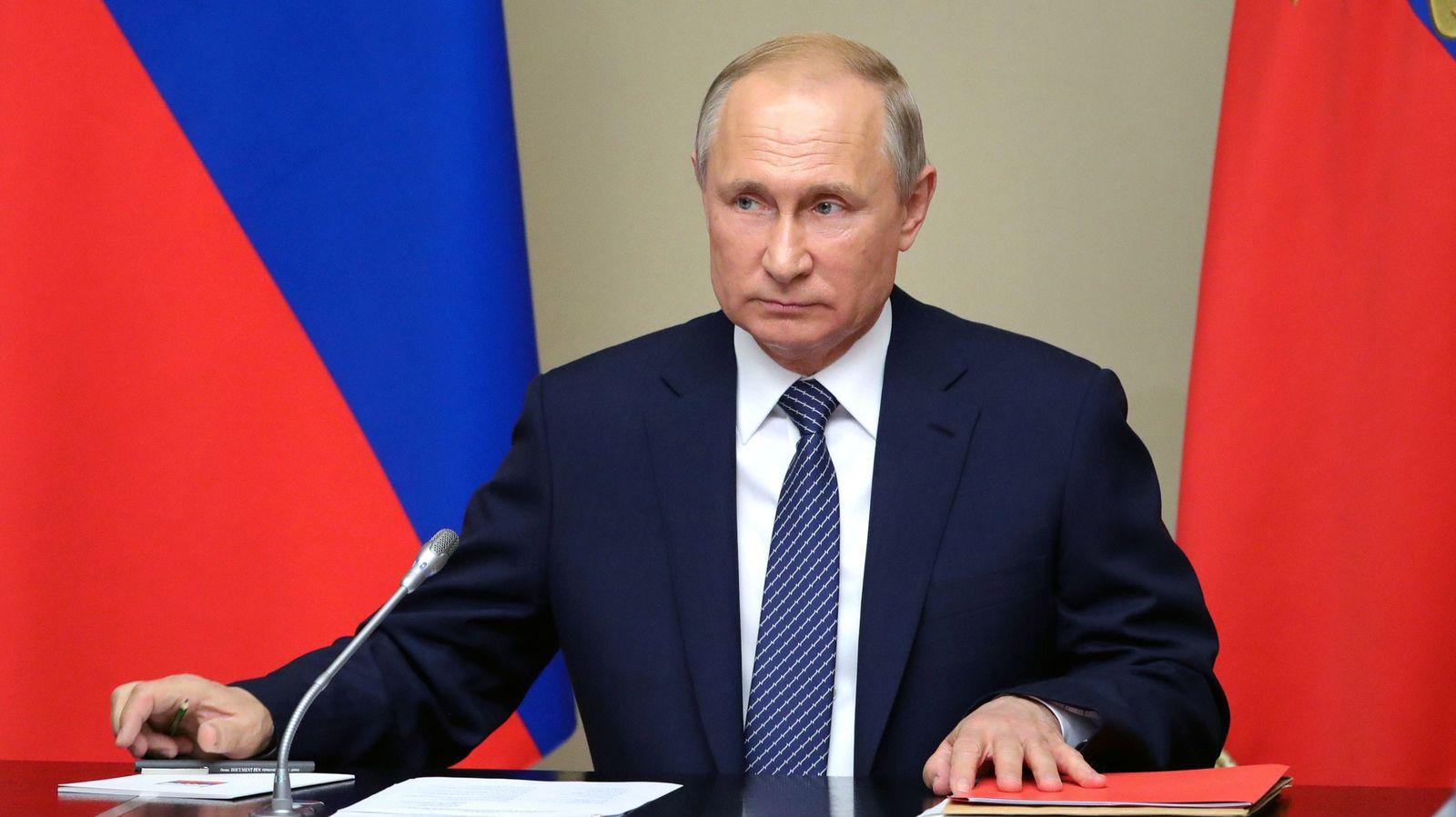 支持率低迷のプーチンが不人気政策をやるワケ ロシアのためには財政再建が不可避