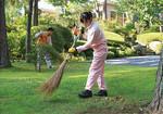 掃除は本格的。冬、休日でも降雪があると社員の有志が出社して雪かきを行うという。