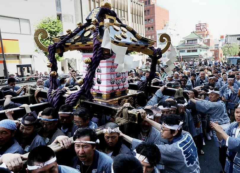"""三社祭から""""やんちゃな輩""""を排除すべきか 「自分たちの祭り」の感覚は正当か"""