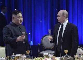 米国とロシアを手玉に取る金正恩の捨て身