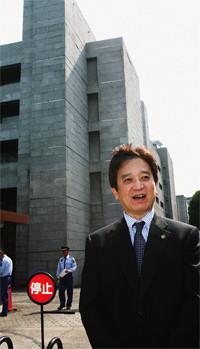 <strong>弁護士 荘司雅彦</strong>●1958年生まれ。81年東京大学法学部卒業。金融機関勤務を経て、91年に弁護士登録。幅広く多数の事件を扱う。著書に『小説離婚裁判』『荘司雅彦の法律力養成講座』など多数。