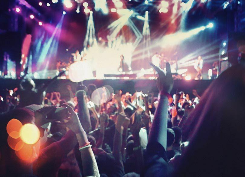 なぜ「ライブイベント」だけが儲かるのか モノが売れない時代の新しい稼ぎ方