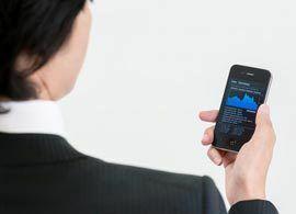 スマホ代:「LINE」「050Plus」……無料通話アプリの選び方