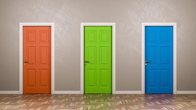 閉じられた3つのドア
