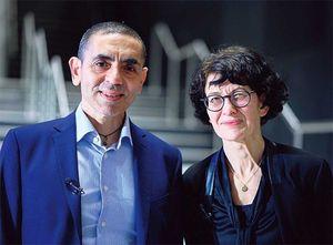 ビオンテック共同創業者の夫ウグル・サヒンと妻オズレム・トゥレシ。