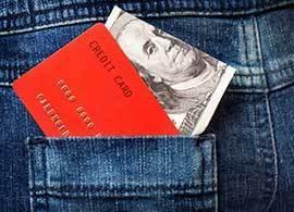 海外での買い物、お得な支払い方法は?