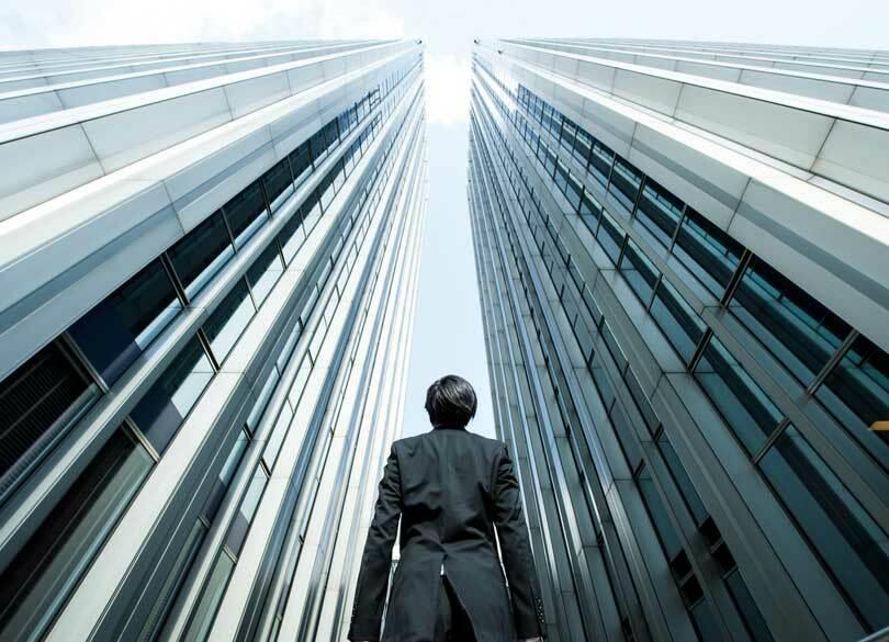 三井物産社長「同業他社は競合にあらず」 欲しい人材は「場の支配力ある人」