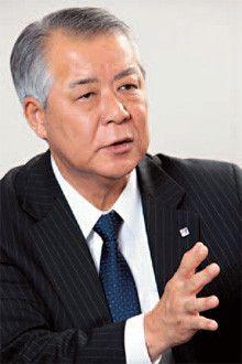 あいおい損保社長<br><strong>鈴木久仁</strong><br>1950年、神奈川県生まれ。早稲田大学商学部卒。大東京火災海上保険(現あいおい損保)入社。98年総合企画部長、2000年執行役員。04年専務を経て、10年4月社長に就任。