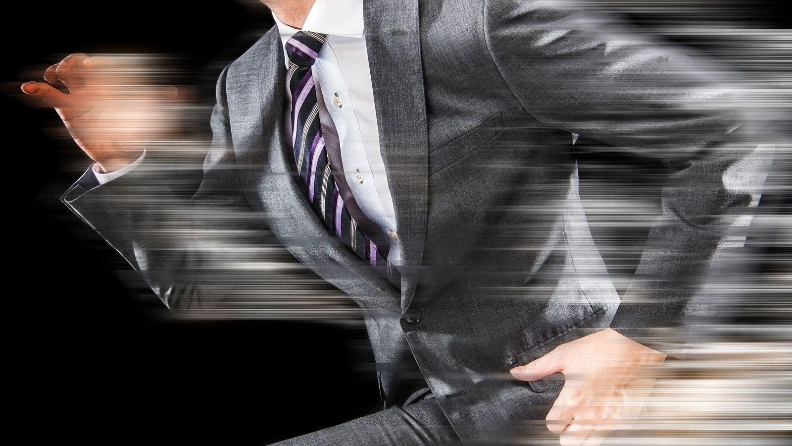 この15年で130万人の営業マンが消滅したワケ そのかわりに「謎の事務職」が急増