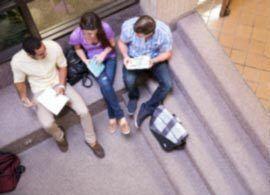 教育費:水面下で急増する「奨学金返済破綻」 -脱デフレの「8大落とし穴」【8】