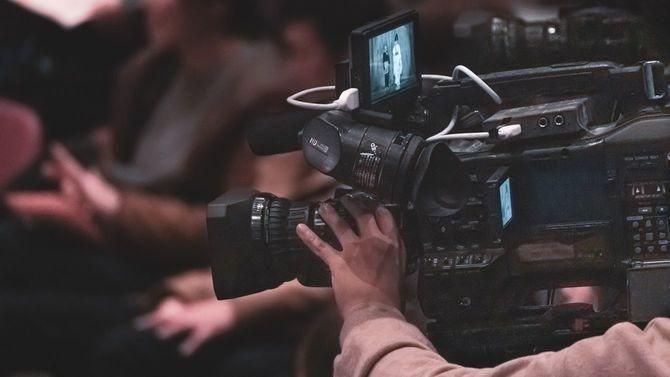 テレビカメラでの撮影風景