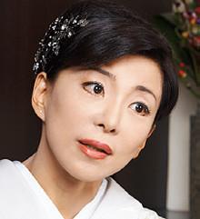 <strong>ル・ジャルダン オーナーママ 望月明美</strong>●東京都生まれ。17歳で銀座デビュー。31歳で独立、企業トップから政治、芸能関係者までを顧客にする。