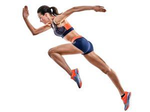 白人女性の陸上競技選手