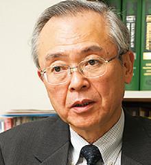 <strong>大阪大学大学院医学系研究科皮膚・毛髪再生医学寄附講座教授 板見 智</strong>●1952年生まれ。大阪大学医学部卒業。大分医科大学皮膚科助教授などをへて2006年から現職。