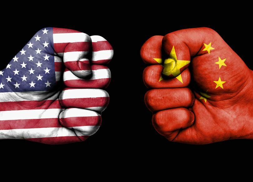 """米国が""""中華スマホ""""を使用禁止にした事情 狙いは中国の""""2025年計画""""の阻止か"""