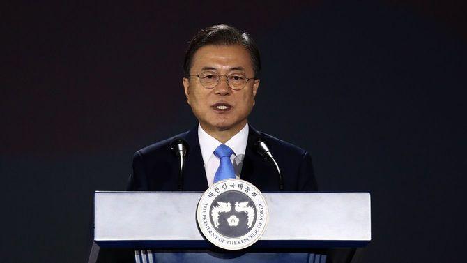 2020年8月15日、ソウルで行われた「光復節」の式典で演説する韓国の文在寅大統領(韓国・ソウル)