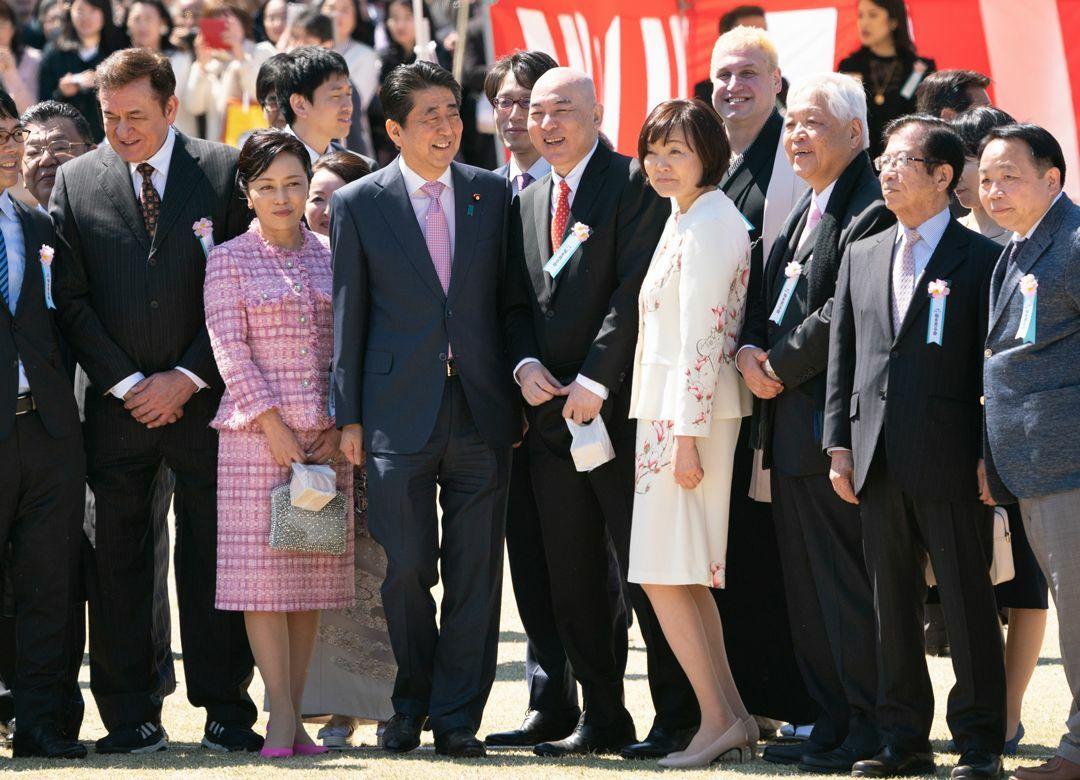 """ネット右翼が『日本国紀』を絶賛するワケ 右派の""""通史""""という点が新しかった"""