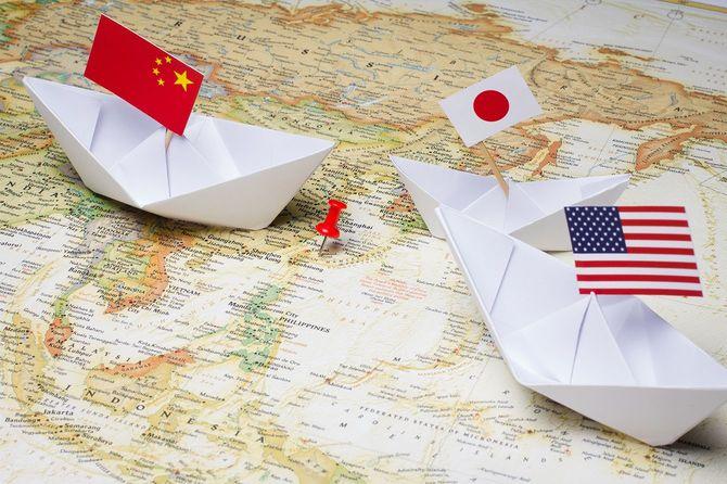 中国および日本とアメリカ