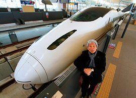 デザイナー・水戸岡鋭治氏インタビュー「ファンを生み出す列車のつくり方」