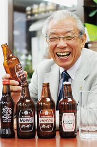 <strong>ホッピービバレッジ社長 石渡光一</strong>●1936年、東京都生まれ。証券会社勤務を経て、67年コクカ飲料(現・ホッピービバレッジ)入社。79年社長就任。2006年全国清涼飲料協同組合連合会および全国清涼飲料工業組合連合会理事長就任。