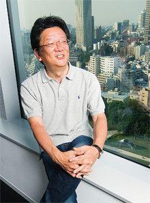 <strong>ヤフー社長 井上雅博</strong>●1957年、東京都生まれ。79年東京理科大学理学部卒。同年ソード電算機システム(後に東芝が買収)に入社。ソフトバンク総合研究所、ソフトバンクを経て、96年1月、ヤフーを設立。同年7月より現職。