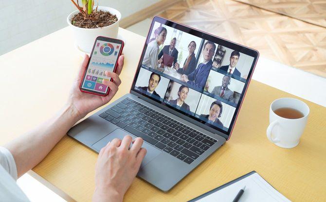 ビデオ会議の概念。会議。ビデオチャット。