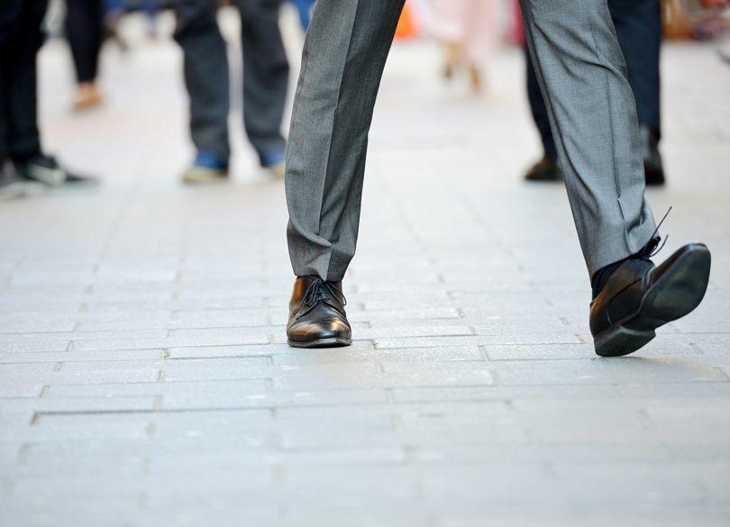 日本人の9割は「歩き方」が間違っている 大股歩きのウォーキングは逆効果