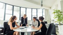 ネット証券の女性社長が実践した英語の学び方