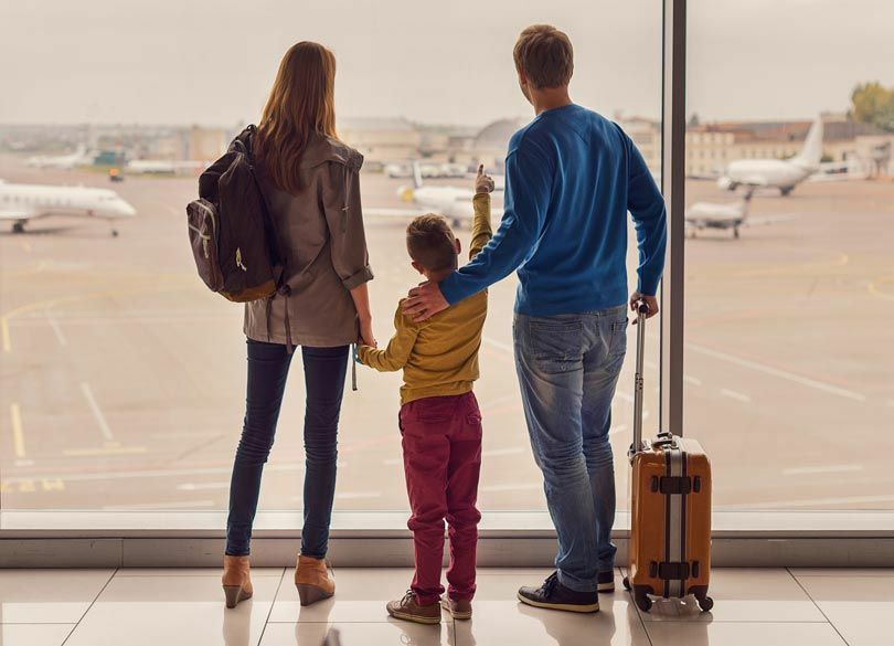 """子どもが""""海外旅行""""を喜ばなくなった理由 「外国への憧れ」が減り続けている"""