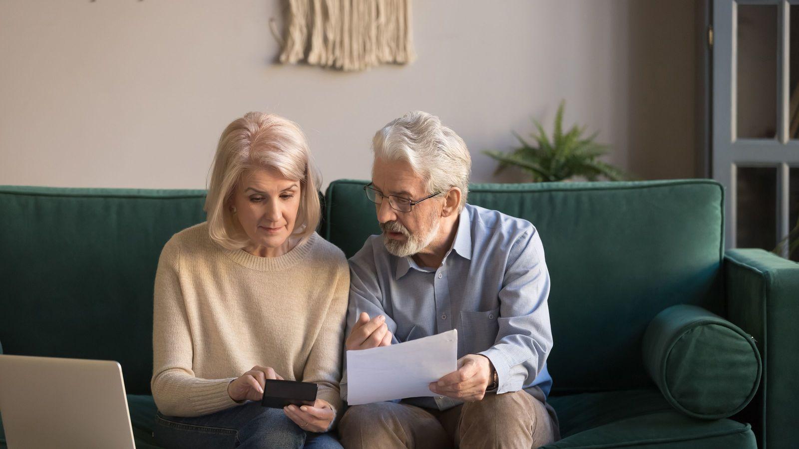 定年後に「持ち家を売った」年金暮らし夫婦たちの悲惨すぎる末路 「老後の住み替え」には大リスクが