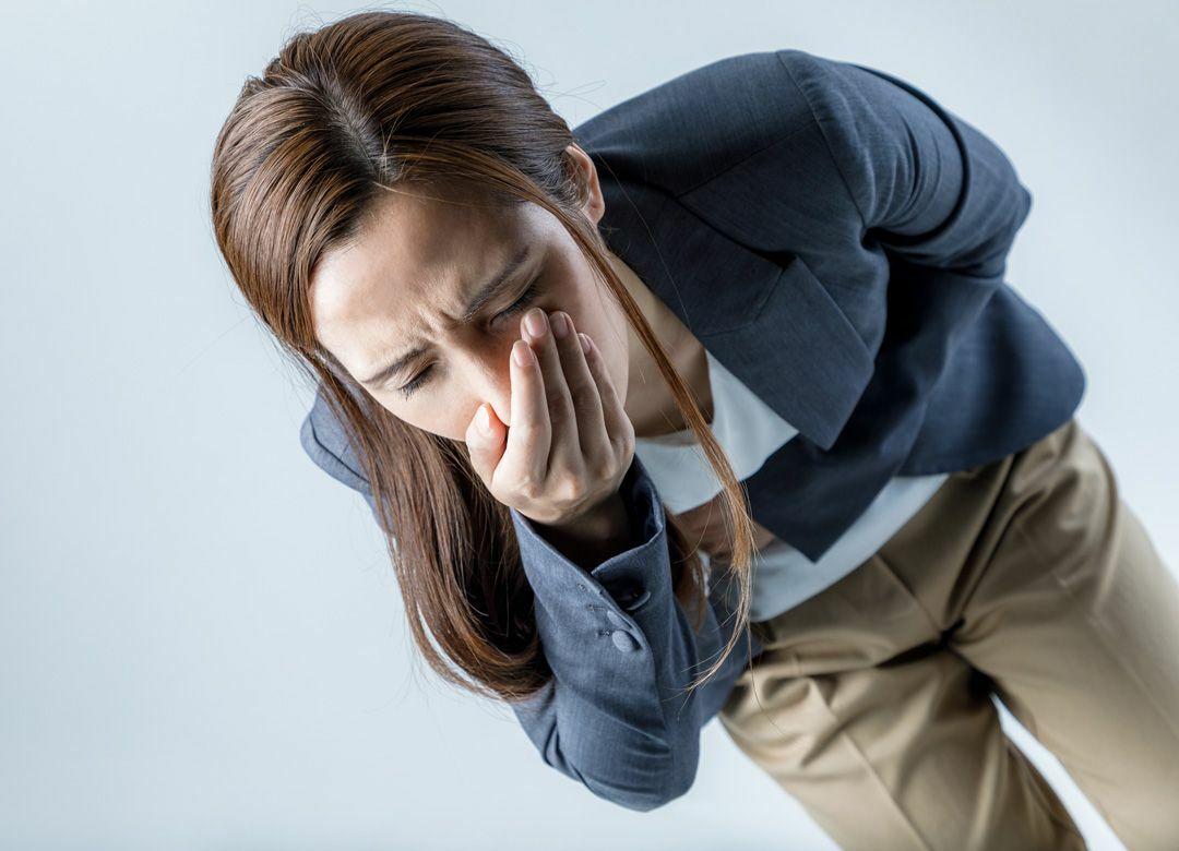 「ゲロ臭い車両」が嘔吐を誘発する仕組み ノロ感染の予防法を医師に聞いた