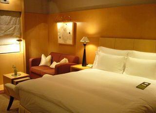 新設法人6年連続増加、ホテル開業相次ぐ