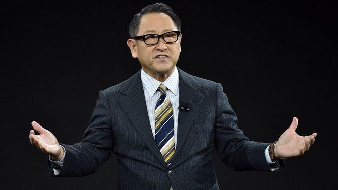 2020年1月6日、ネバダ州ラスベガスで開催されたCES 2020にて、トヨタのプレスイベントで講演するトヨタ自動車の豊田章男社長兼CEO。