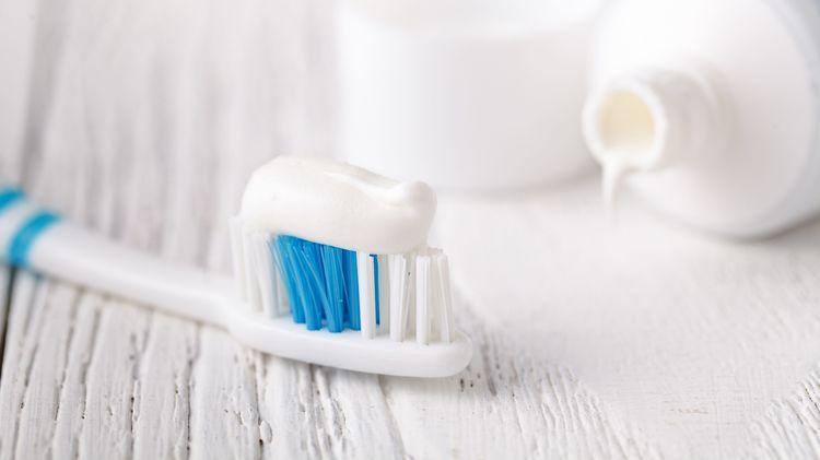 日本人の9割近くが知らない、本当に正しい歯周病のケア方法