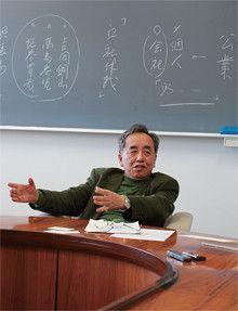 <strong>東京大学経済学研究科教授 武田晴人</strong>●1949年生まれ。72年、東京大学経済学部卒業。81年、同大学助教授。88年、同大学経済学博士。91年、同大学教授。96年、同大学大学院経済学研究科教授。近著に、『日本経済の事件簿』『日本人の経済観念』