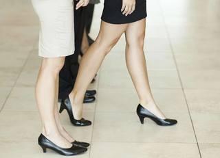 「女性管理職3割」働き方はどう変わるか