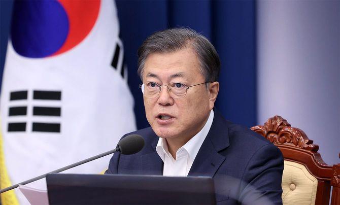 2020年10月19日、韓国の文在寅(ムン・ジェイン)大統領が青瓦台で会談