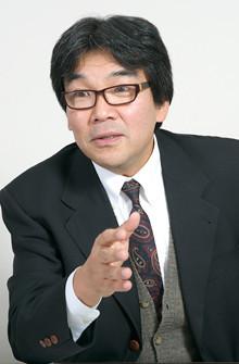きつめのズボンを買ったり、「やせ我慢の会」を結成せよ!<br><strong>大阪大学社会経済 研究 教授 池田新介</strong>●1957年生まれ。神戸大学経営学部助教授などを経て、98年から現職。消費者の選好とマクロ経済などの研究を進めている。