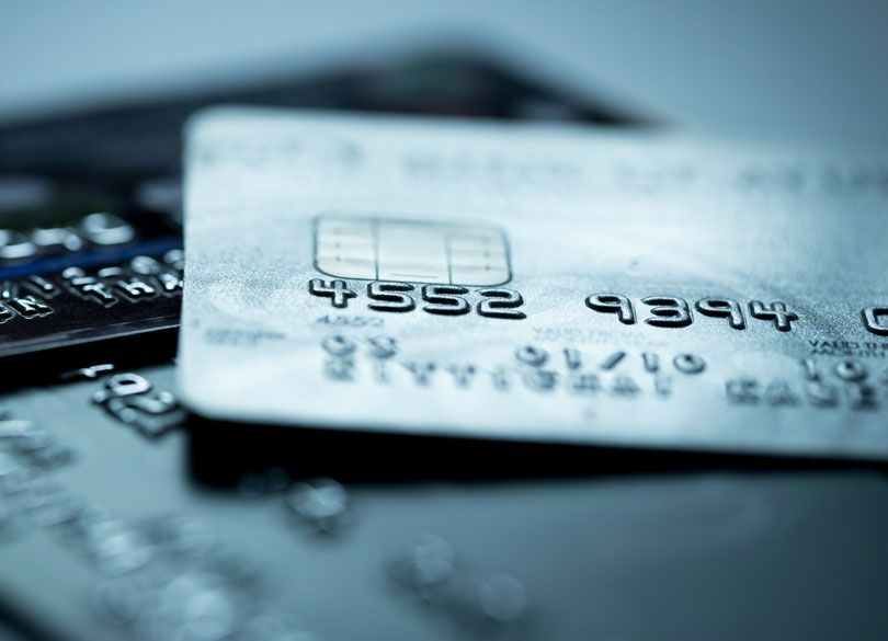 メガバンクのカードローンは規制すべきか これでは多重債務者が増えるばかり