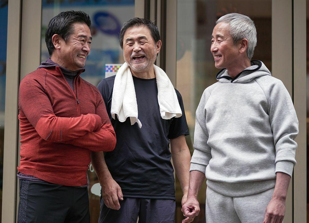 格差目の当たり「同窓会」という残酷物語 勝ち組負け組は年齢で180度変わる