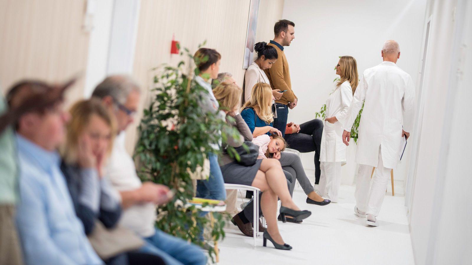 健康な人を病院に誘導する「煽り番組」の罪深さ 時間とお金をムダにしている視聴者